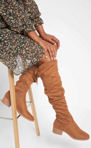 Jasnobrązowe wysokie buty damskie Orsay z eko zamszu