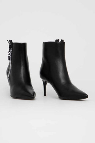 Skórzane buty za kostkę z obcasem typu stiletto